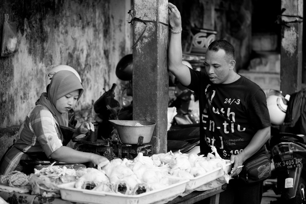 More shots from Denpasar's market.