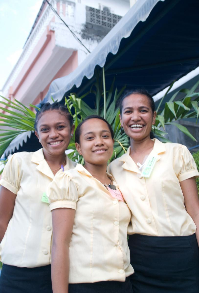 dili-city-cafe-waitresses-2.jpg