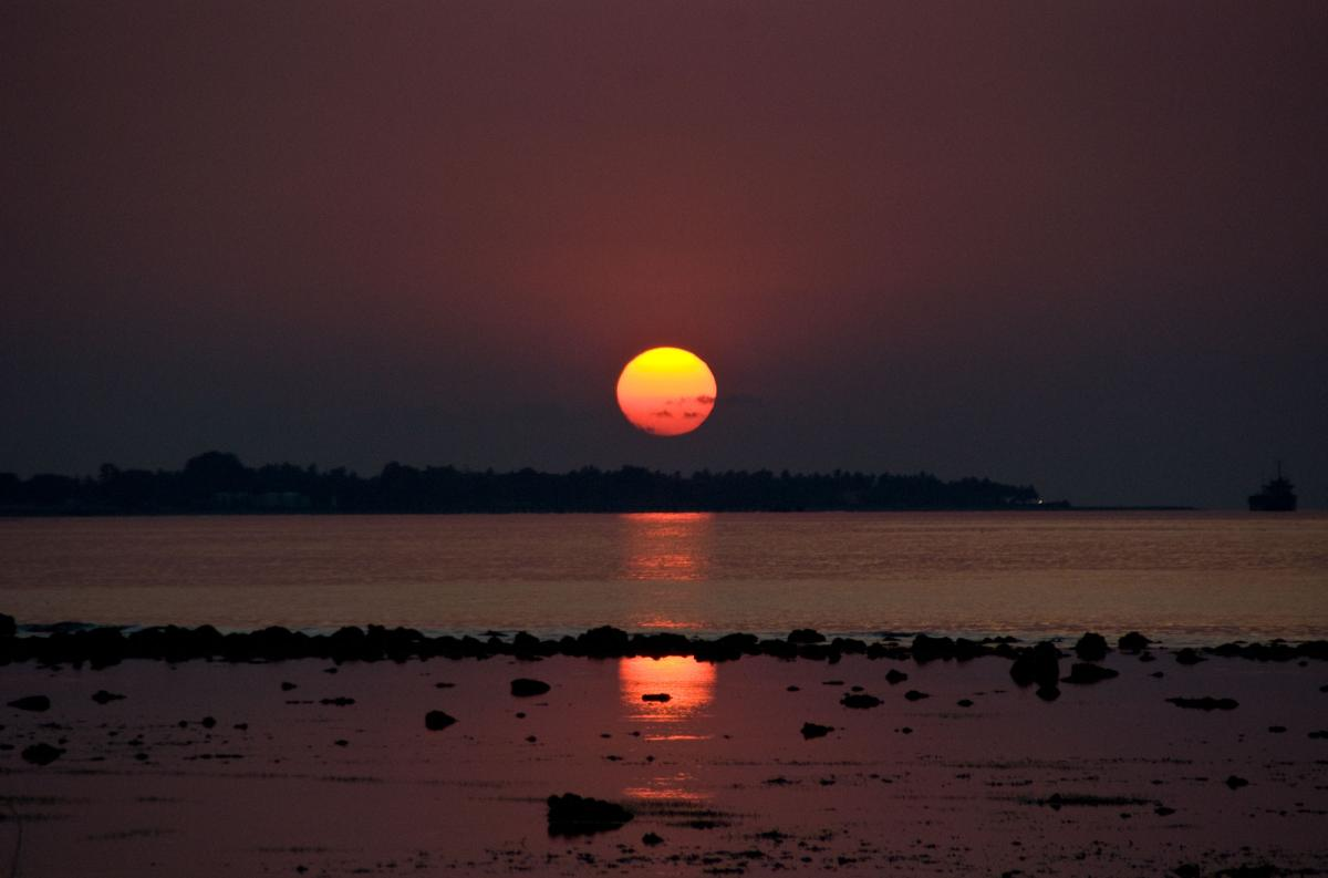 dili-magical-sunset-2.jpg