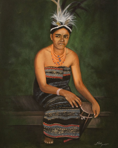 This painting of a traditional timorese dancer was commissioned by the East Timor Development Agency in order to celebrate Timorese culture. The painting is reproduced here with permission from ETDA.