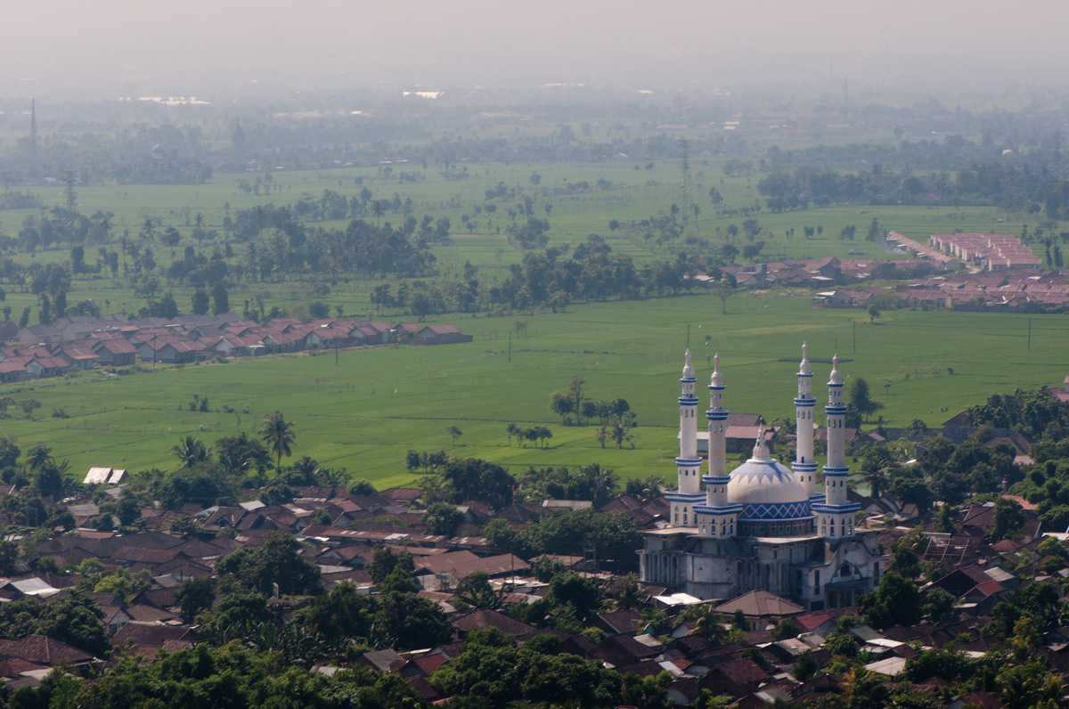 lombok-landscape-with-mosque-1.jpg