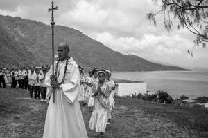 Spent a weekend visiting family on Pentecost on the occasion of a nephew's first communion. It was a fascinating amalgam of Catholicism and Kastom. Here are some of the most memorable moments.