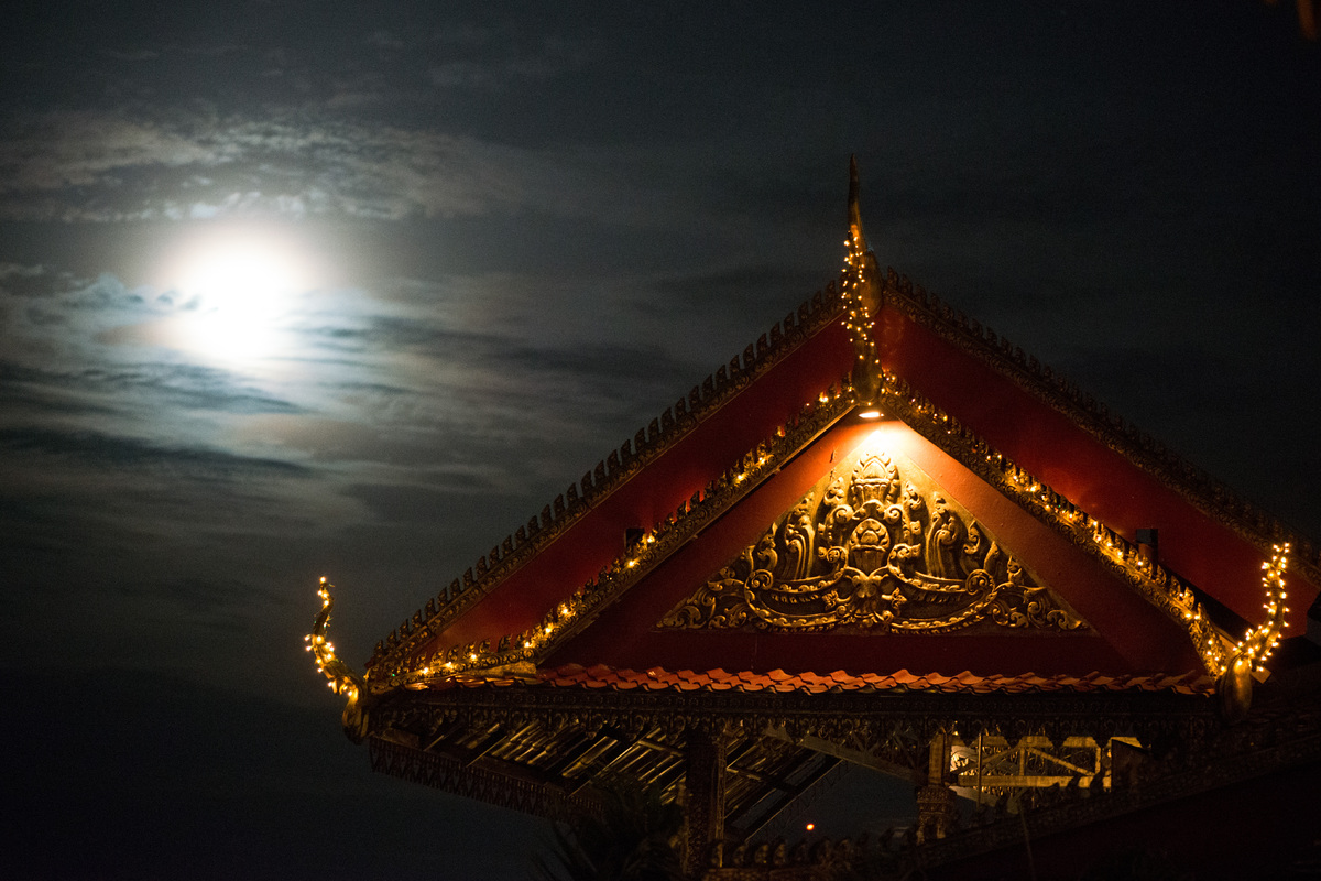 phnom-mekong-moonlight-4.jpg