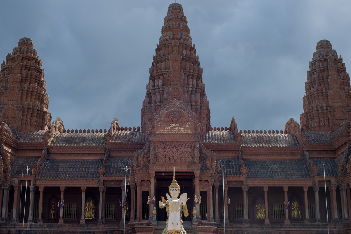 phnom-penh-temples-and-more-37.jpg