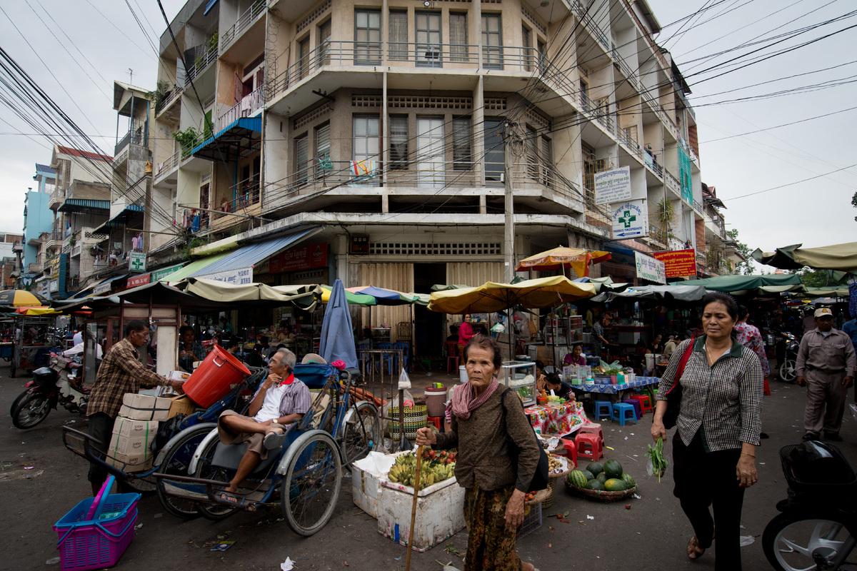 phnom-penh-the-old-market-12.jpg