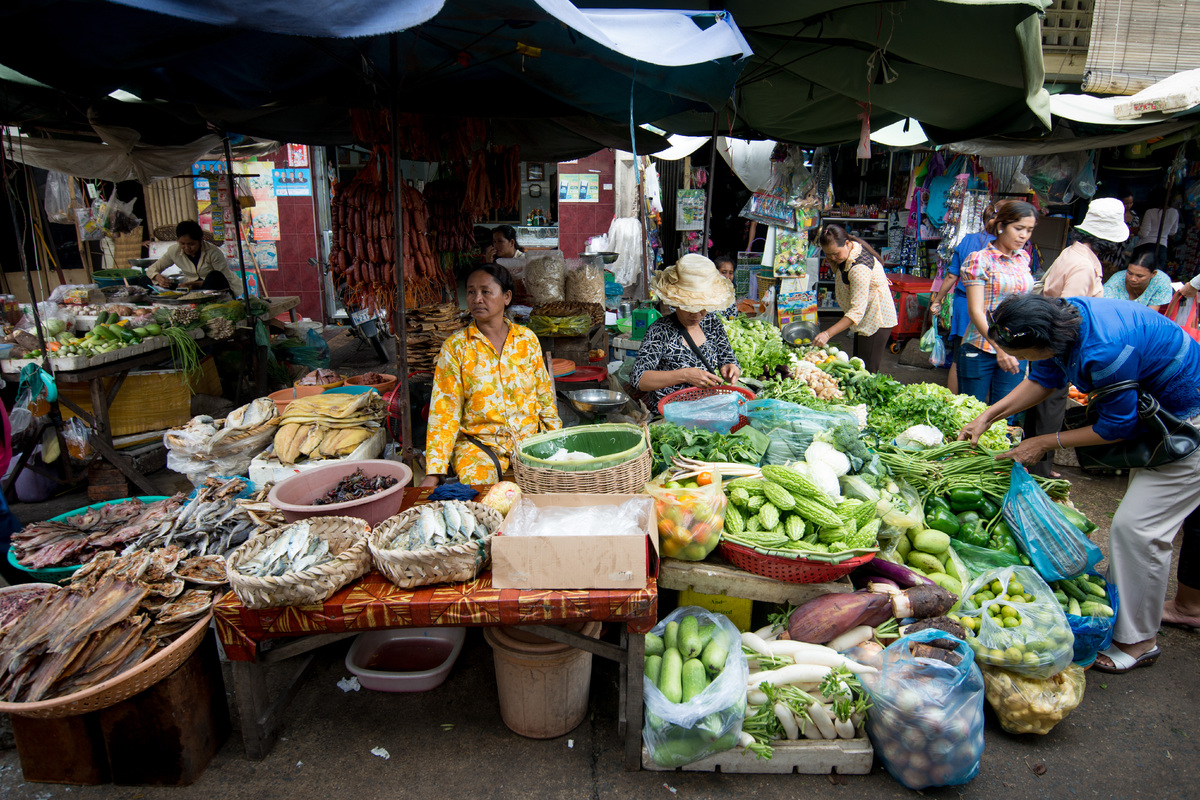 phnom-penh-the-old-market-9.jpg