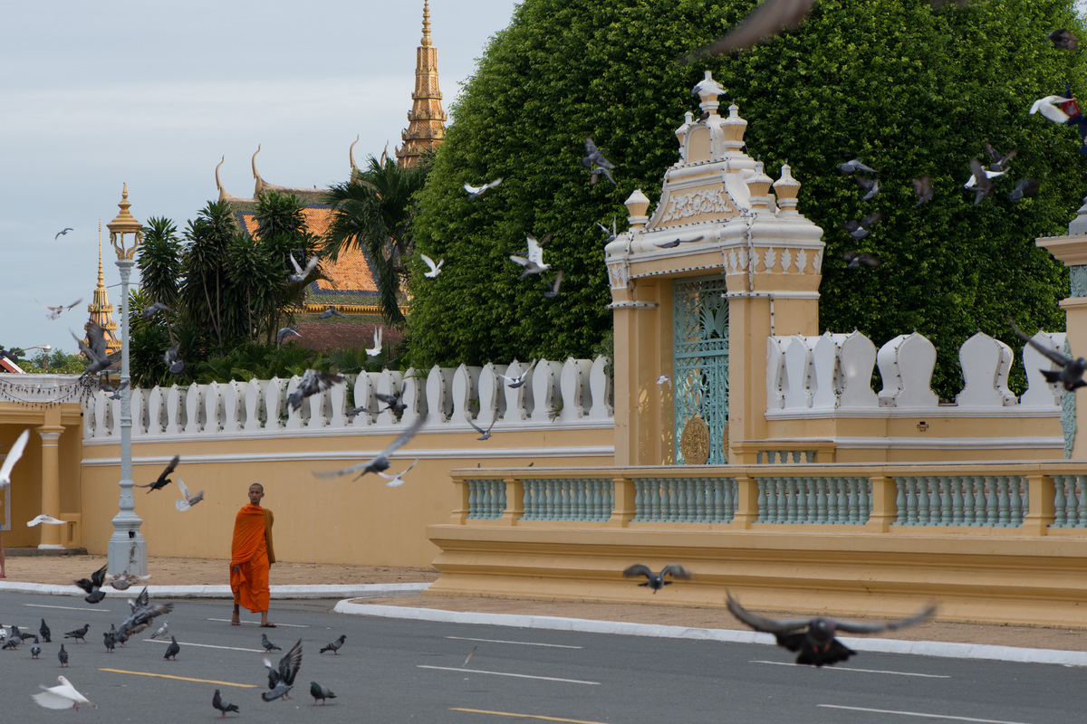 phnom-penh-the-royal-palace-1.jpg