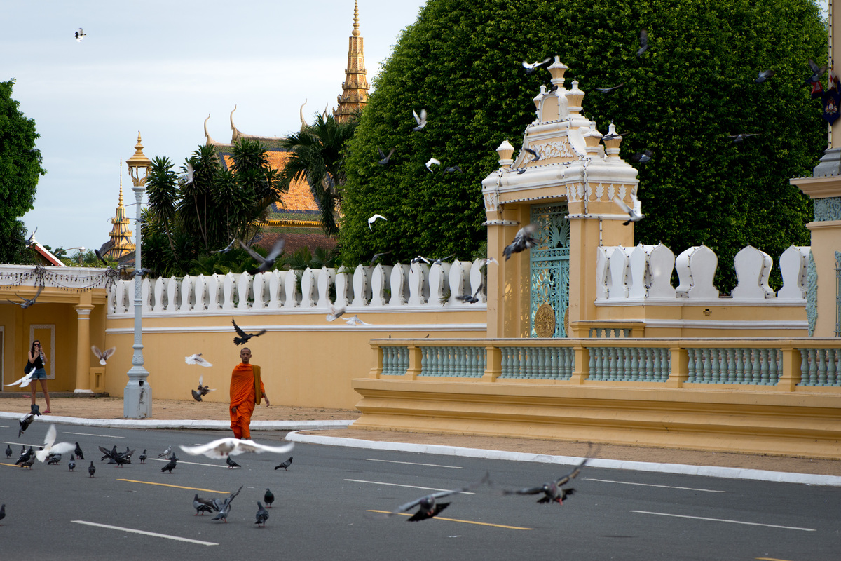phnom-penh-the-royal-palace-2.jpg