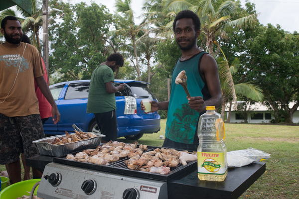 Some shots from a fund-raising event to help victims of cyclone Winston.