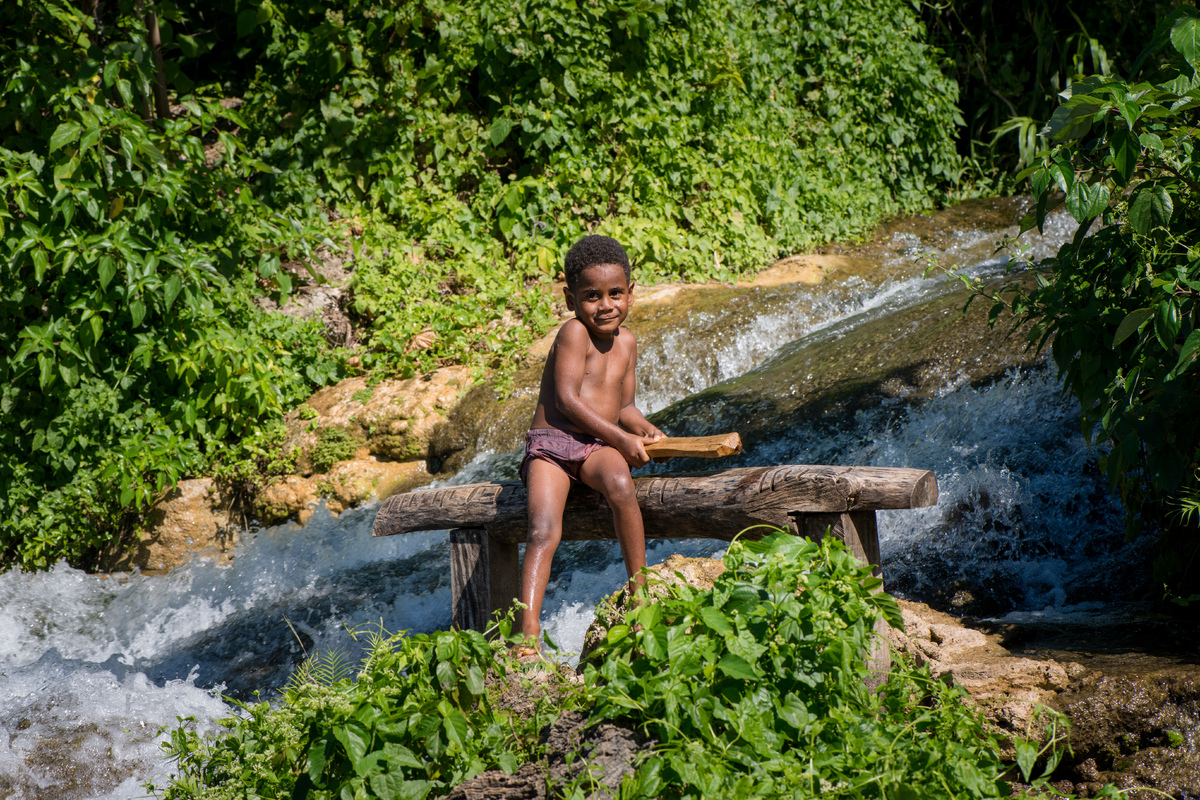 vila-around-the-island-with-jj-8.jpg