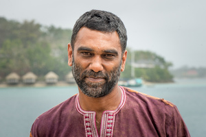 Executive Director of Greenpeace International Kumi Naidoo took some personal time to deliver his climate change message to Vanuatu.