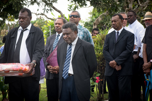 A grim-faced Chief Justice Vincent Lunabek leads a delegation of the judiciary to pay their respects to President Baldwin Lonsdale at the State House Nakamal.