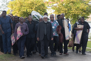 Deputy Prime Minister Joe Natuman led a delegation of staff and advisors to pay their respects to President Baldwin Lonsdale, whose body lies in state at the State House Nakamal.
