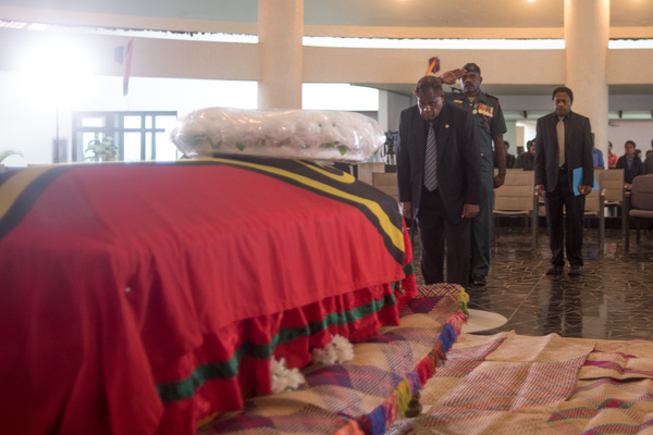 Following a funeral service in the Parliamentary rotunda, much beloved and universally admired President Baldwin Lonsdale was farewelled by a massive crowd lining the route to the airport. A kilometre-long cortege accompanied the body.