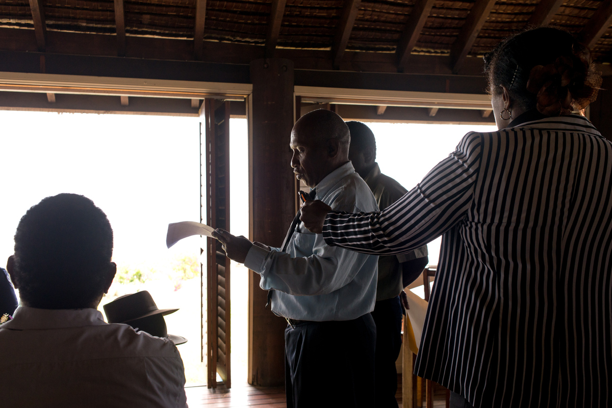 Australian governor general Peter Cosgrove's visit to Tanna underlines how much work remains to be done in the aftermath of cyclone Pam. TAFEA province president welcomes the GG to Tanna.