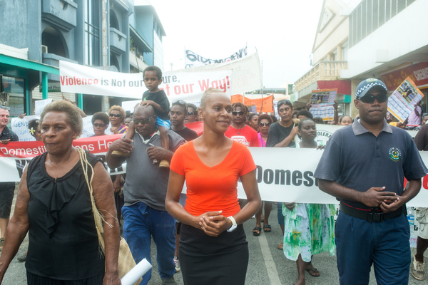 Florence Lengkon led a march through town and up to Parliament in which nearly a thousand people demonstrated their desire to see an end to violence against women.