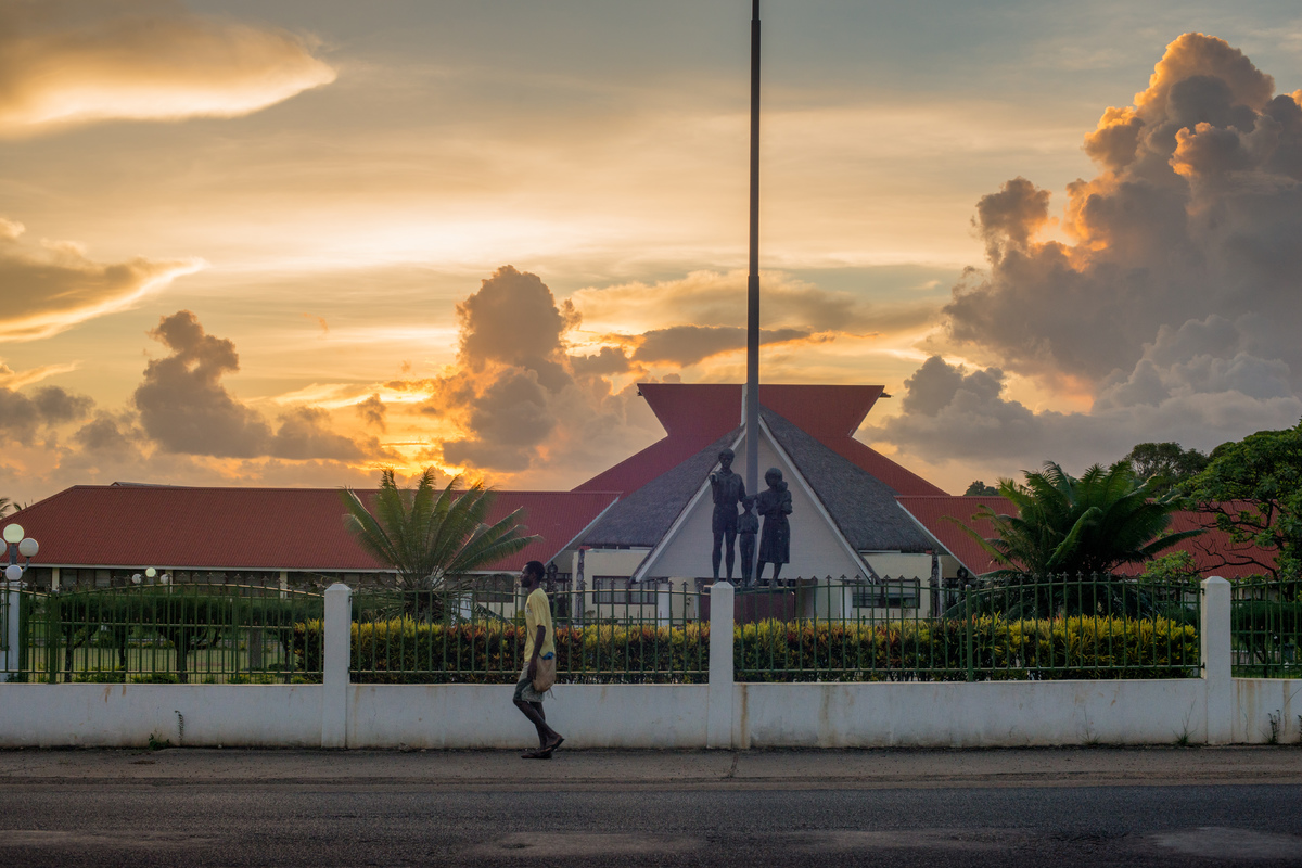 vila-parliament-at-sunset-1.jpg