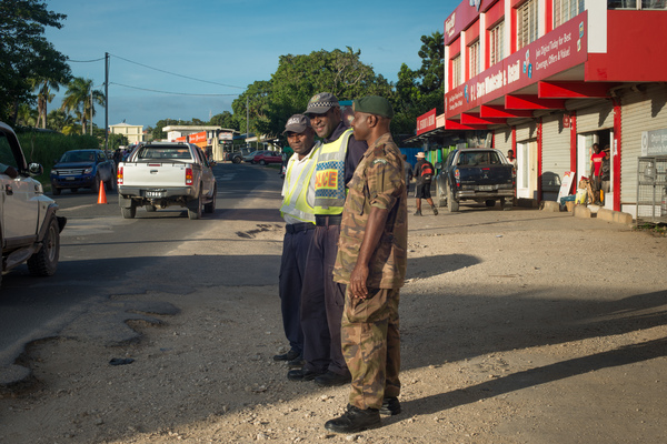 Paramilitaries, local and national police collaborated in manning checkpoints throughout Port Vila to keep a lid on 2015 New Year's festivities.