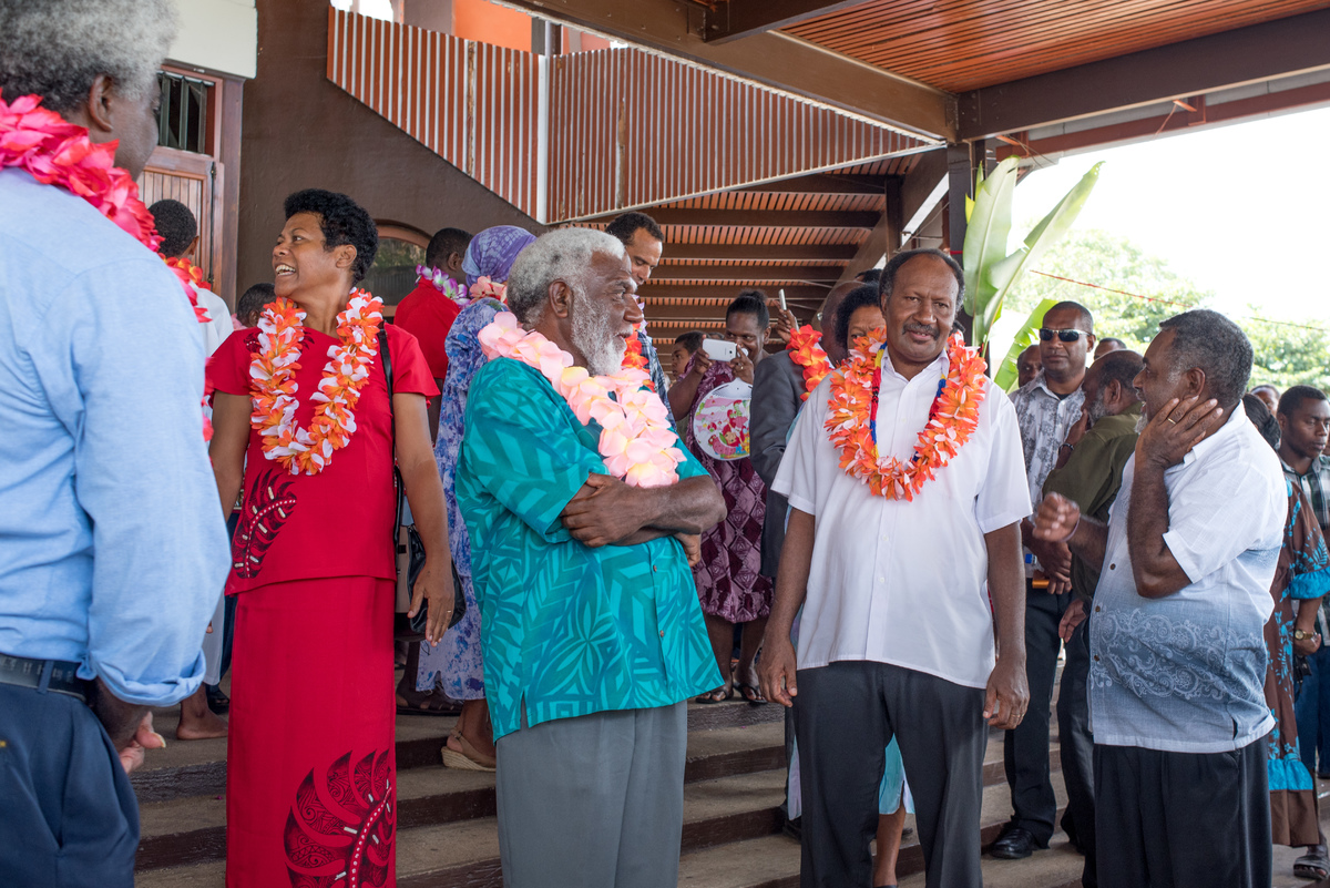 Over 1000 people packed the Sacre Coeur cathedral to celebrate a thanksgiving service, marking the election of Prime Minister Charlot Salwai. The service was attended by his cabinet and countless other luminaries.