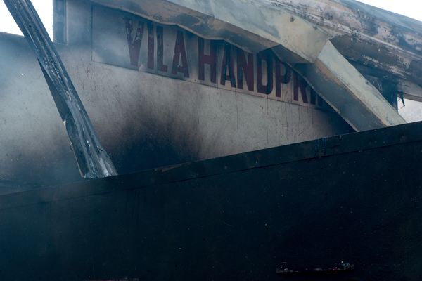 Vila Handprints, a local business in Nambatu, was rased by fire in the late hours of Sunday. Fire services arrived at the scene only after the entire building was engulfed in flame.