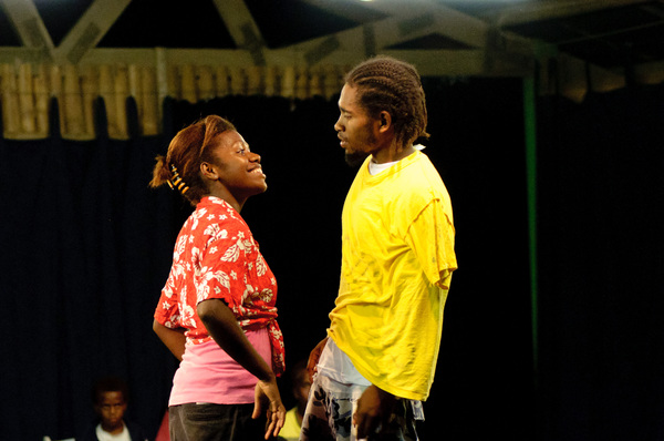 Some shots taken at a performance by Wan Smolbag's youth troupe.