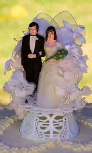 The incongruity of this wedding cake ornament still leaves me speechless weeks after the fact.